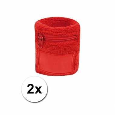 2x rode zweetbandjes zakje