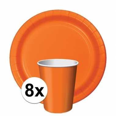 8x oranje thema tafel versiering pakket bekers/borden ek/bevrijdingsd