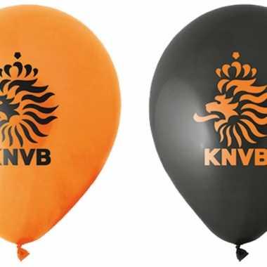 Acht latex ballonnen voetbal thema