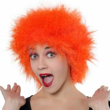 Fel oranje pruik