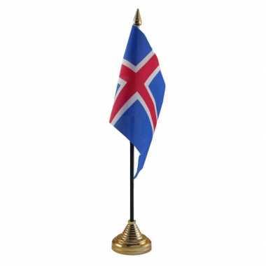 Ijsland vlag standaard