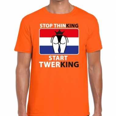 Oranje stop thinking start twerking t shirt heren