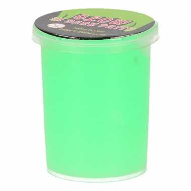 Potje groene lichtgevende slijm