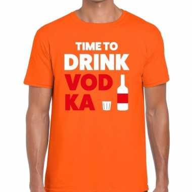 Time to drink vodka tekst t shirt oranje heren