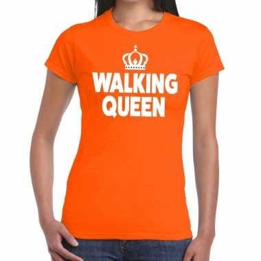 Walking queen t shirt oranje dames