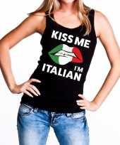 Kiss me i am italian tanktop mouwloos shirt zwart dames
